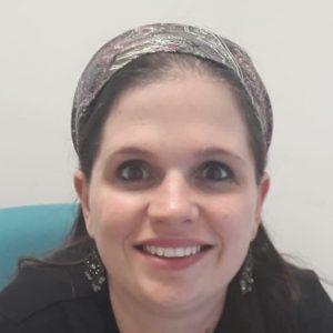 אסתי פינסקי, מנהלת כספים וכוח אדם